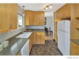 Photo 7: 417 Atkins Ave in VICTORIA: La Atkins House for sale (Langford)  : MLS®# 742888