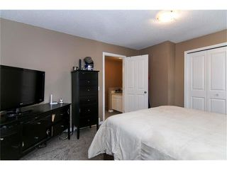 Photo 14: 138 ERIN RIDGE Road SE in Calgary: Erin Woods House for sale : MLS®# C4085060