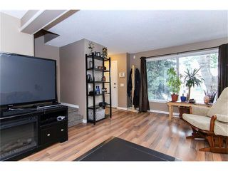 Photo 8: 138 ERIN RIDGE Road SE in Calgary: Erin Woods House for sale : MLS®# C4085060