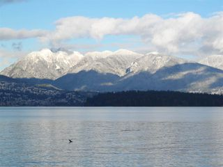 Photo 2:  in Vancouver: Kitsilano House for sale (Vancouver West)  : MLS®# R2127104