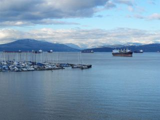 Photo 3:  in Vancouver: Kitsilano House for sale (Vancouver West)  : MLS®# R2127104