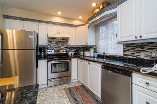 """Photo 6: 52 15488 101A Avenue in Surrey: Guildford Townhouse for sale in """"Cobblefield Lane"""" (North Surrey)  : MLS®# R2132482"""