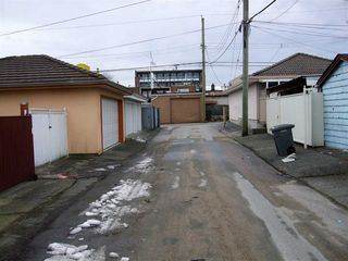 Photo 5: 2052 E 49TH Avenue in Vancouver: Killarney VE House for sale (Vancouver East)  : MLS®# R2137182