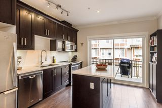 """Photo 5: 107 10151 240 Street in Maple Ridge: Albion Townhouse for sale in """"ALBION STATION"""" : MLS®# R2157278"""