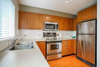 "Photo 12: 7309 HAWTHORNE Terrace in Burnaby: Highgate Townhouse for sale in ""BERKLEY"" (Burnaby South)  : MLS®# R2161141"