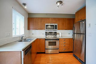 "Photo 10: 7309 HAWTHORNE Terrace in Burnaby: Highgate Townhouse for sale in ""BERKLEY"" (Burnaby South)  : MLS®# R2161141"