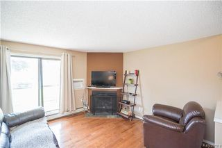 Photo 5: 40 Dalhousie Drive in Winnipeg: Fort Richmond Condominium for sale (1K)  : MLS®# 1716933