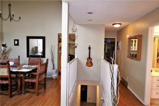 Photo 2: 3131 107 Avenue SW in Calgary: Cedarbrae House for sale : MLS®# C4124878