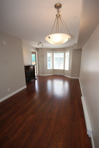 "Photo 7: 237 5660 201A Street in Langley: Langley City Condo for sale in ""Paddinton Station"" : MLS®# R2188422"