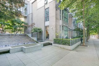 "Photo 1: 105 928 RICHARDS Street in Vancouver: Yaletown Townhouse for sale in ""SAVOY"" (Vancouver West)  : MLS®# R2188687"