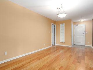"Photo 5: 106 6363 121 Street in Surrey: Panorama Ridge Condo for sale in ""THE REGENCY"" : MLS®# R2198404"
