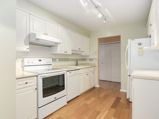 "Photo 9: 106 6363 121 Street in Surrey: Panorama Ridge Condo for sale in ""THE REGENCY"" : MLS®# R2198404"
