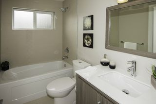 Photo 14: 1121 E 10TH Avenue in Vancouver: Mount Pleasant VE House 1/2 Duplex for sale (Vancouver East)  : MLS®# R2207250