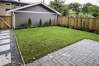 Photo 17: 1121 E 10TH Avenue in Vancouver: Mount Pleasant VE House 1/2 Duplex for sale (Vancouver East)  : MLS®# R2207250