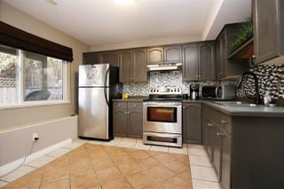 """Photo 7: 2459 WHATCOM Road in Abbotsford: Abbotsford East House for sale in """"Mountain Village"""" : MLS®# R2208221"""