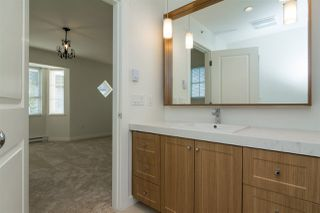 """Photo 17: 37 8438 207A Street in Langley: Willoughby Heights Townhouse for sale in """"YORK By Mosaic"""" : MLS®# R2211838"""
