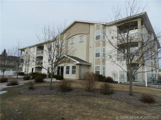 Photo 11: 103 3501 49 Avenue in Red Deer: RR South Hill Residential Condo for sale : MLS®# CA0033656