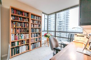 """Photo 7: 1202 170 W 1ST Street in North Vancouver: Lower Lonsdale Condo for sale in """"ONE PARK LANE"""" : MLS®# R2228701"""