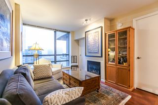 """Photo 11: 1202 170 W 1ST Street in North Vancouver: Lower Lonsdale Condo for sale in """"ONE PARK LANE"""" : MLS®# R2228701"""