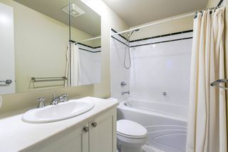 """Photo 3: 1202 170 W 1ST Street in North Vancouver: Lower Lonsdale Condo for sale in """"ONE PARK LANE"""" : MLS®# R2228701"""