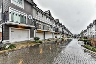 Photo 3: 9 14433 60 Avenue in Surrey: Sullivan Station Townhouse for sale : MLS®# R2227584