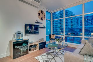 "Photo 3: 717 108 E 1ST Avenue in Vancouver: Mount Pleasant VE Condo for sale in ""MECCANICA"" (Vancouver East)  : MLS®# R2231947"