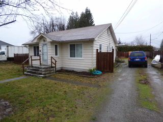 Photo 2: 9453 STANLEY Street in Chilliwack: Chilliwack N Yale-Well House for sale : MLS®# R2235820