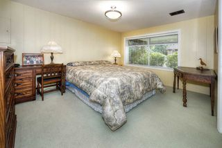 """Photo 18: 4652 WESLEY Drive in Delta: English Bluff House for sale in """"THE VILLAGE"""" (Tsawwassen)  : MLS®# R2241920"""