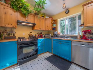 Photo 4: 1421 MARGARET Road: Roberts Creek House for sale (Sunshine Coast)  : MLS®# R2243186