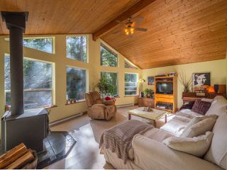 Photo 7: 1421 MARGARET Road: Roberts Creek House for sale (Sunshine Coast)  : MLS®# R2243186