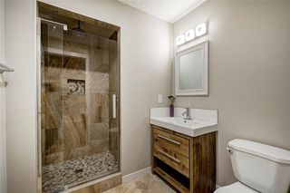 Photo 13: 6256 SILVER SPRINGS Hill(S) NW in Calgary: Silver Springs House for sale : MLS®# C4171864