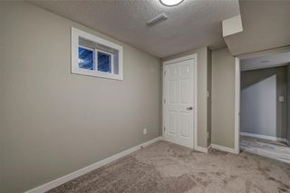 Photo 19: 6256 SILVER SPRINGS Hill(S) NW in Calgary: Silver Springs House for sale : MLS®# C4171864