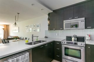 """Photo 9: 305 1705 NELSON Street in Vancouver: West End VW Condo for sale in """"THE PALLADIAN"""" (Vancouver West)  : MLS®# R2265496"""