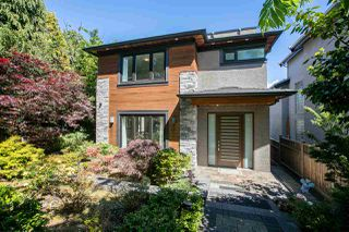 Photo 3: 3722 PUGET Drive in Vancouver: Arbutus House for sale (Vancouver West)  : MLS®# R2282793