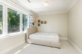 Photo 11: 3722 PUGET Drive in Vancouver: Arbutus House for sale (Vancouver West)  : MLS®# R2282793