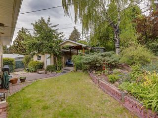 Photo 26: 2744 CHALICE Road NW in Calgary: Charleswood Detached for sale : MLS®# C4193453