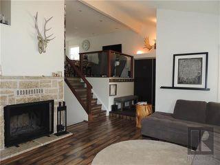 Photo 3: 27 Cheltenham Cove in Winnipeg: Residential for sale (1G)  : MLS®# 1823813