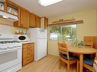 Photo 4: 5 2206 Church Rd in SOOKE: Sk Broomhill Manufactured Home for sale (Sooke)  : MLS®# 796312