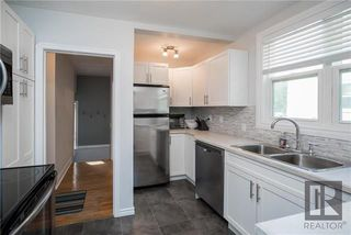 Photo 9: 956 Mulvey Avenue in Winnipeg: Crescentwood Residential for sale (1Bw)  : MLS®# 1824196