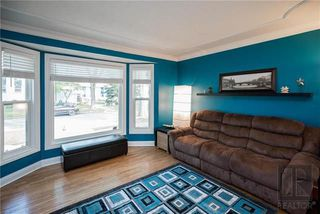 Photo 4: 956 Mulvey Avenue in Winnipeg: Crescentwood Residential for sale (1Bw)  : MLS®# 1824196