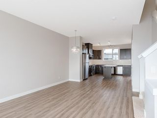 Photo 7: 40 SKYVIEW Circle NE in Calgary: Skyview Ranch Row/Townhouse for sale : MLS®# C4204570
