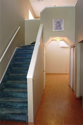 Photo 4: 79 ERIN Crescent SE in Calgary: Erin Woods Detached for sale : MLS®# C4204669