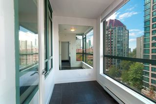 "Photo 7: 805 1238 BURRARD Street in Vancouver: Downtown VW Condo for sale in ""ALTADENA"" (Vancouver West)  : MLS®# R2306598"