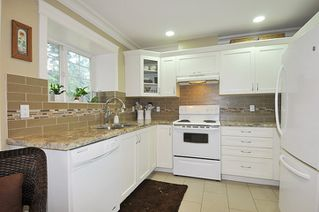 "Photo 12: 39 23085 118 Avenue in Maple Ridge: East Central Townhouse for sale in ""SOMMERVILLE GARDENS"" : MLS®# R2306797"