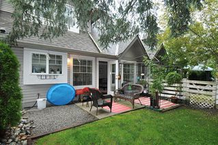 "Photo 1: 39 23085 118 Avenue in Maple Ridge: East Central Townhouse for sale in ""SOMMERVILLE GARDENS"" : MLS®# R2306797"