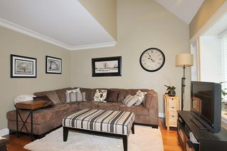 "Photo 8: 39 23085 118 Avenue in Maple Ridge: East Central Townhouse for sale in ""SOMMERVILLE GARDENS"" : MLS®# R2306797"