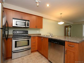 Photo 8: 201 655 Goldstream Ave in VICTORIA: La Fairway Condo Apartment for sale (Langford)  : MLS®# 800503