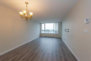 "Photo 3: 901 3111 CORVETTE Way in Richmond: West Cambie Condo for sale in ""Wall Centre"" : MLS®# R2329574"
