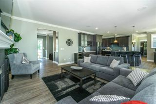 """Photo 4: 23353 47 Avenue in Langley: Salmon River House for sale in """"Salmon River"""" : MLS®# R2333888"""