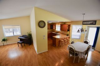 Photo 6: 140 BORLAND Drive: 150 Mile House House for sale (Williams Lake (Zone 27))  : MLS®# R2343513